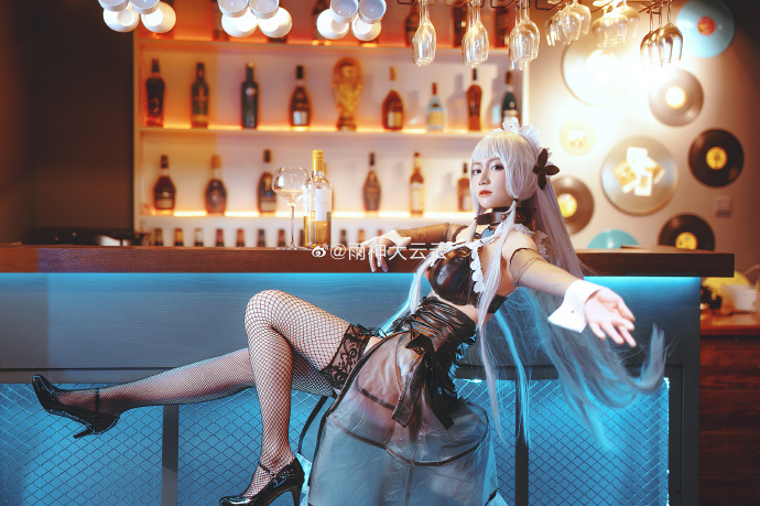 [COS]碧蓝航线   光辉   @雨神大云云 (9P) -嫦娥cosplay图片高清图片插图