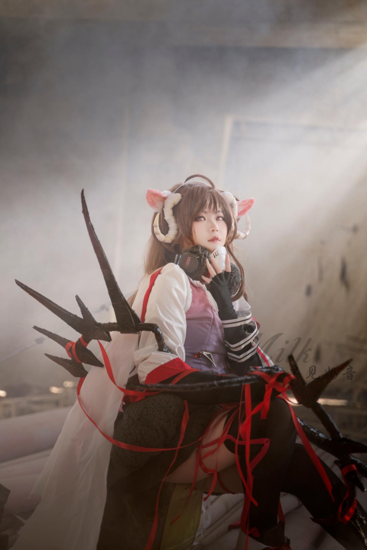《明日方舟》正片cosplay【CN:早见奶音】-第2张