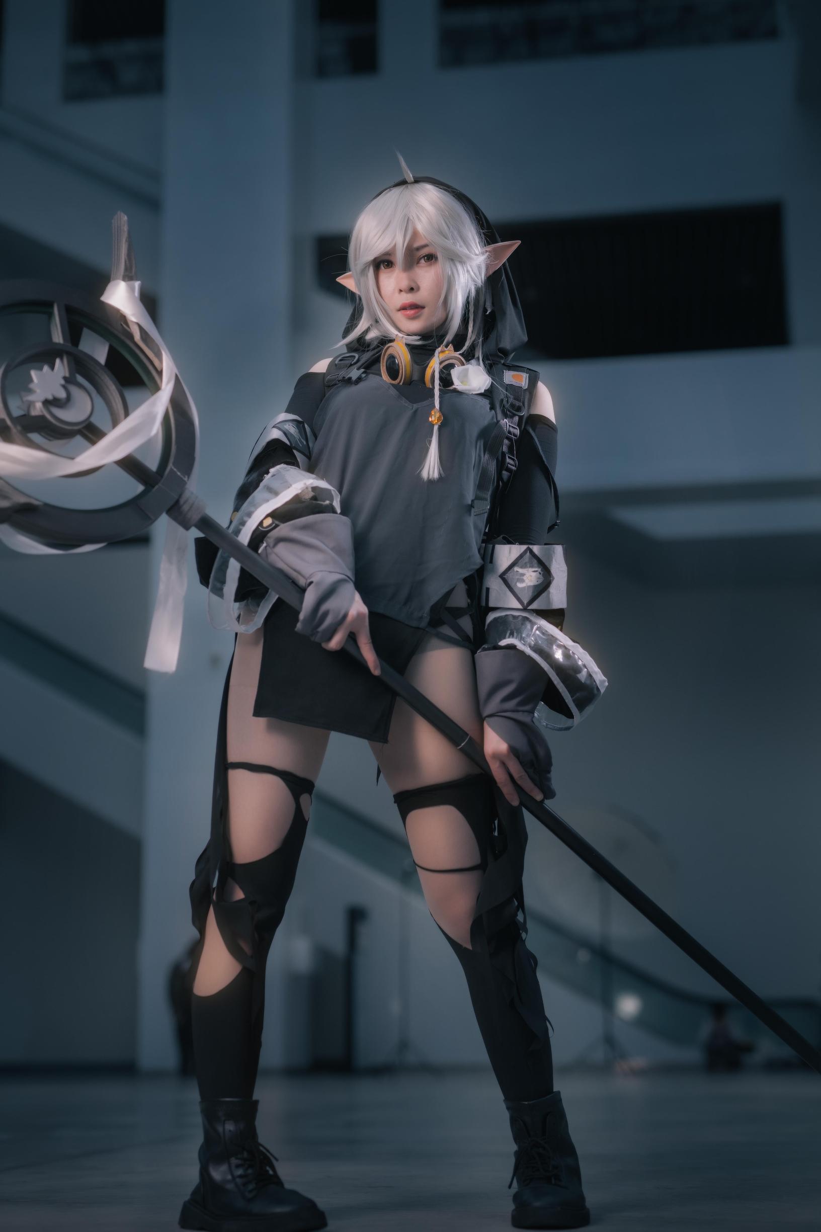 《明日方舟》漫展cosplay【CN:超爱大爆炸的小棍子】 -王者荣耀男cosplay图片插图