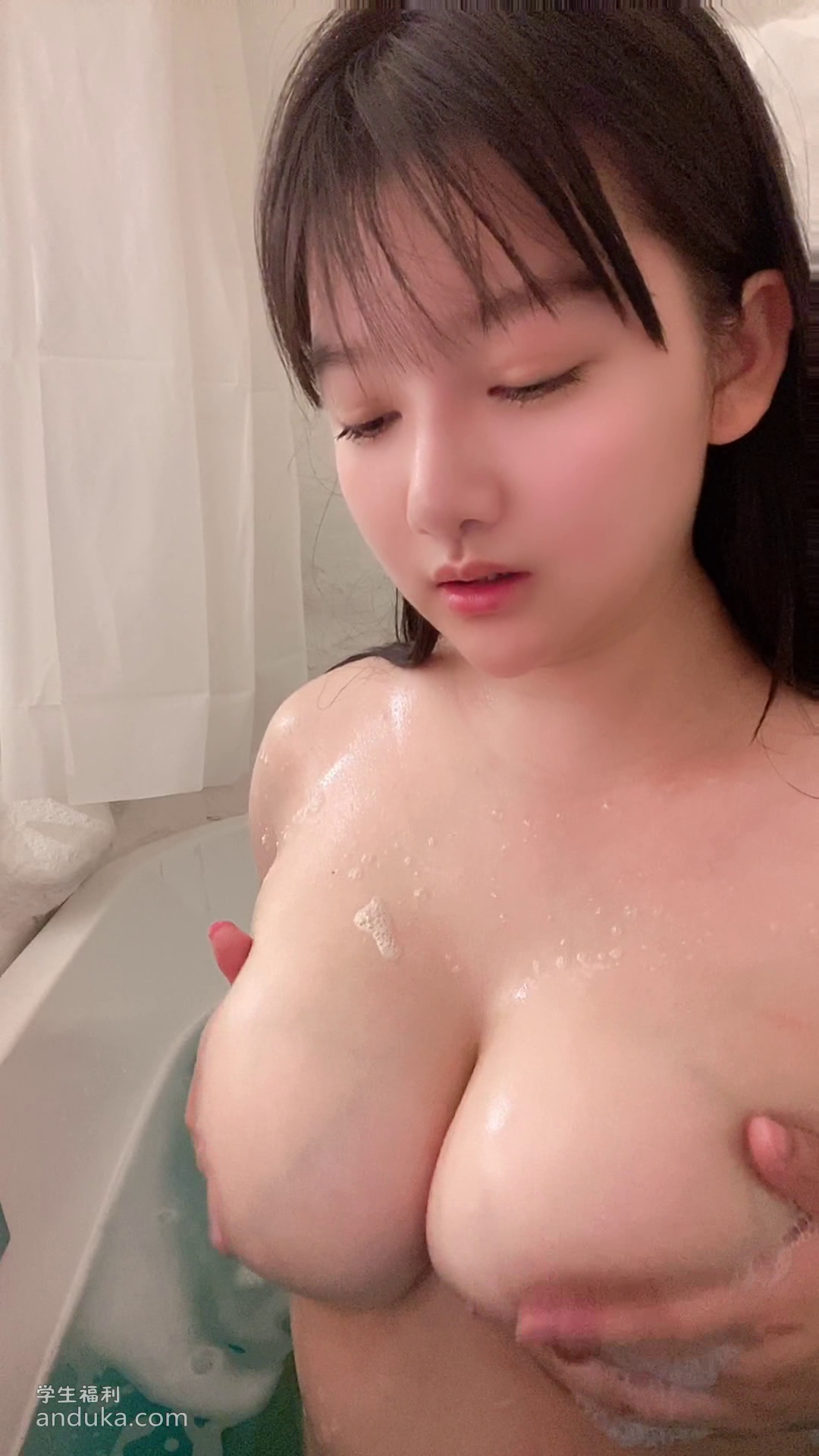 知名漫展巨乳COS『小尤奈1』大尺度福利合集!