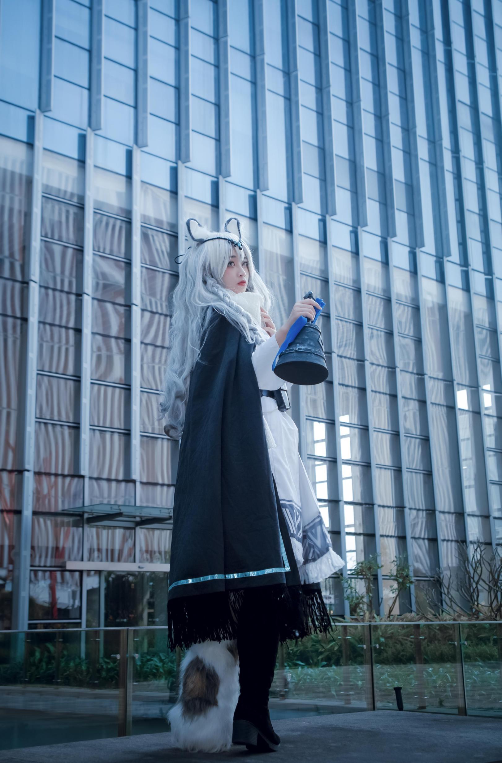 《明日方舟》漫展cosplay【CN:Futaba双叶】 -求一些cosplay长筒袜图片插图