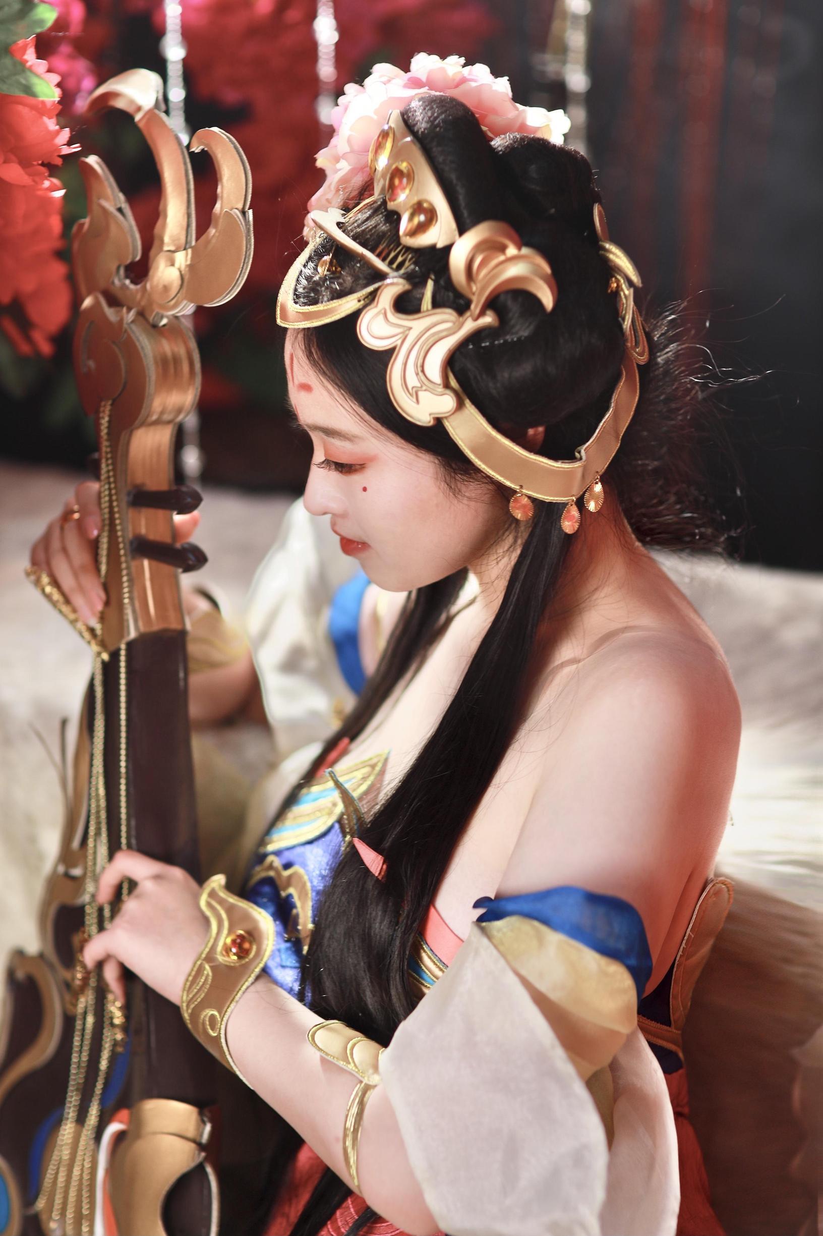 《王者荣耀》王者荣耀杨玉环cosplay【CN:虞棂er】 -小丑女cosplay图片插图