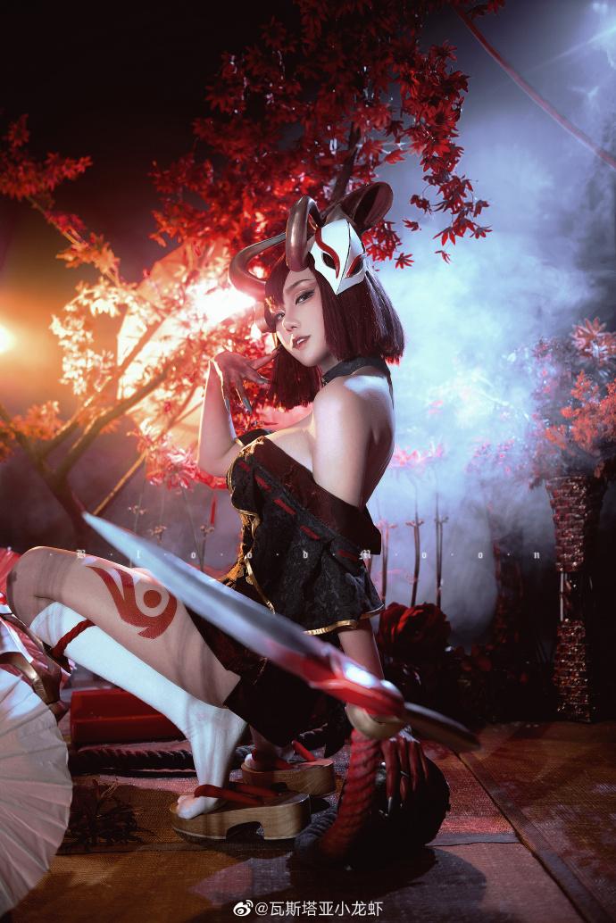 [COS]英雄联盟   伊芙琳   猩红之月   @瓦斯塔亚小龙虾 (9P) -cosplay图片男吸血鬼插图