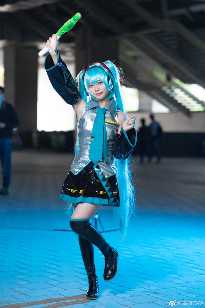 [COS]初音未来   @曦微CVA   (广州璃樱动漫嘉年华) (9P) -大尺寸cosplay福利图片插图