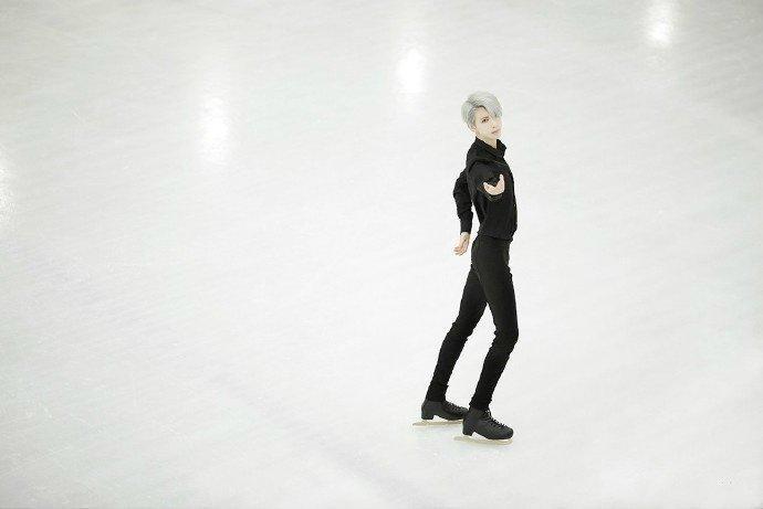 《冰上的尤里》-第8张