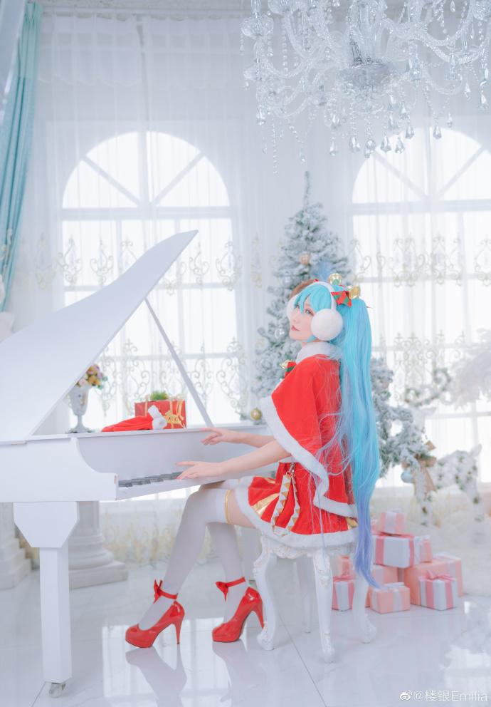 初音未来   圣诞节   @楼银Emilia (9P)-第1张