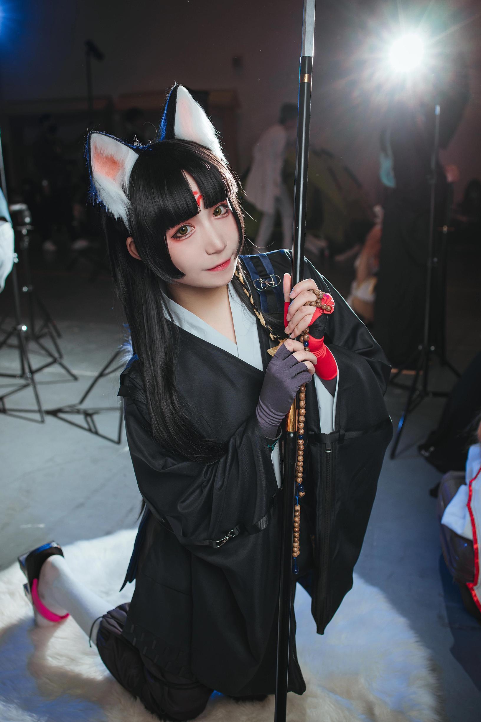 《明日方舟》漫展cosplay【CN:COSER赤瞳_菌】-第3张